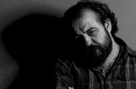 """Murat Uyurkulak'tan şiir gibi bir roman: """"MERHUME"""""""